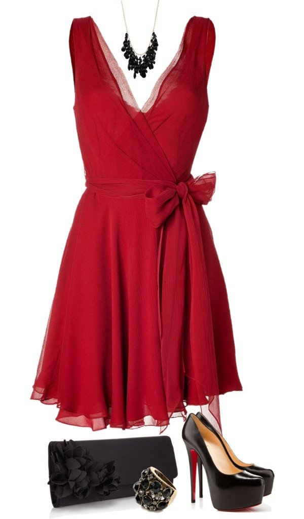 Black Footwear First If Your Whole Dress Is Red The You Can Go For As And A Good Combination