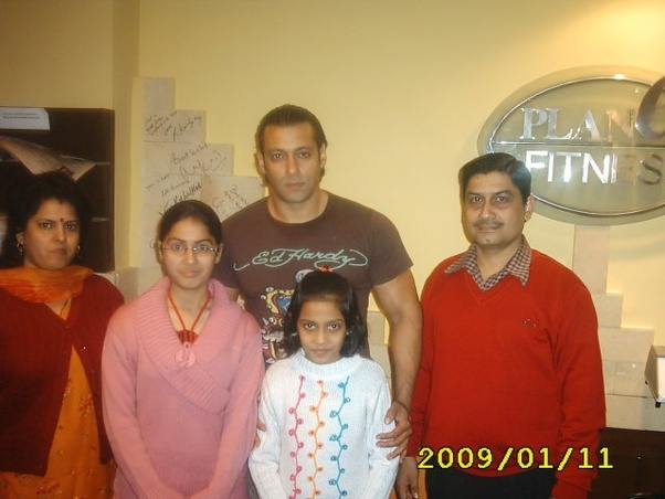 What is it like to meet salman khan in real life quora i got a chance to meet salman khan in 2009 when he was shooting for london dreams in chandigarh i was 9 years old and had accompanied my family to meet him m4hsunfo