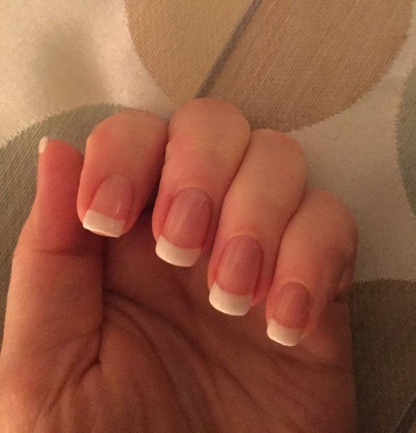 Easy way to give yourself a french manicure splendid wedding company easy way to give yourself a french manicure solutioingenieria Images