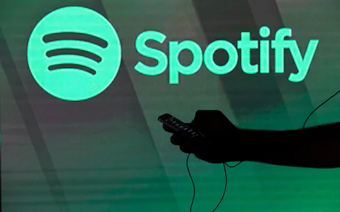 How to promote my music on Spotify and get my tracks in