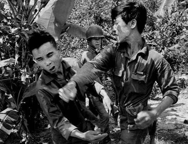 ベトナム 戦争 と は