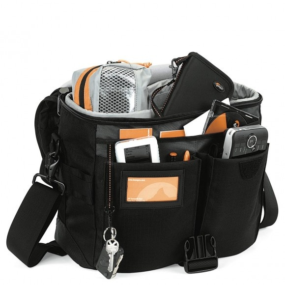 My Cur Go To Bag For Full Ish Om D System Is The Lowepro Stealth Reporter 300 Not A Tiny But I Had 400 Canon