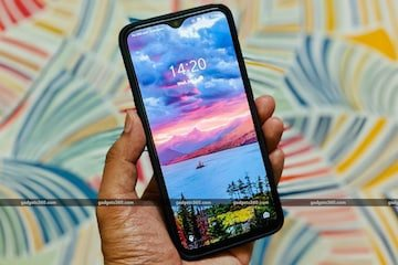 How To Set A Pic As Your Wallpaper Without Cropping Youtube