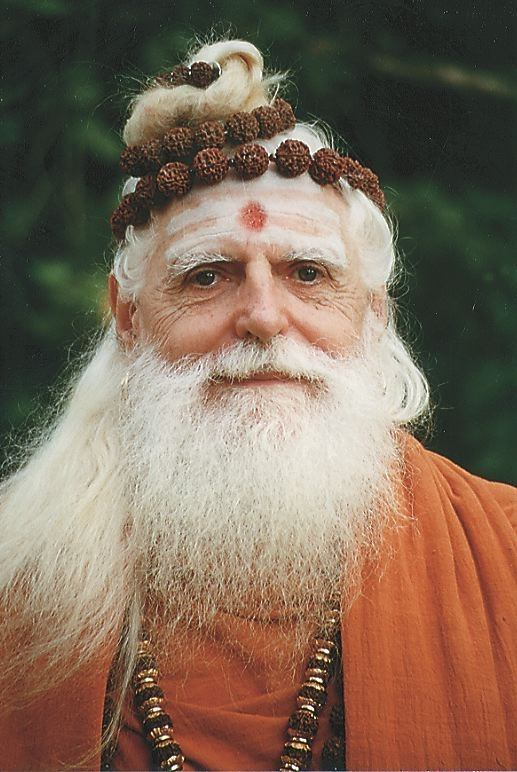 Are there any good spiritual gurus in India or are all cons