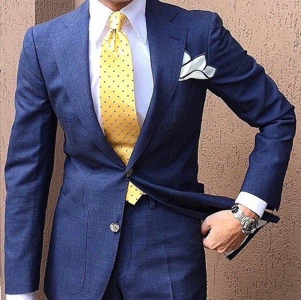 What Colour Pocket Square Complements A Navy Suit White