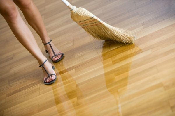 Whats The Best Way To Clean A Hardwood Floor Are There Any