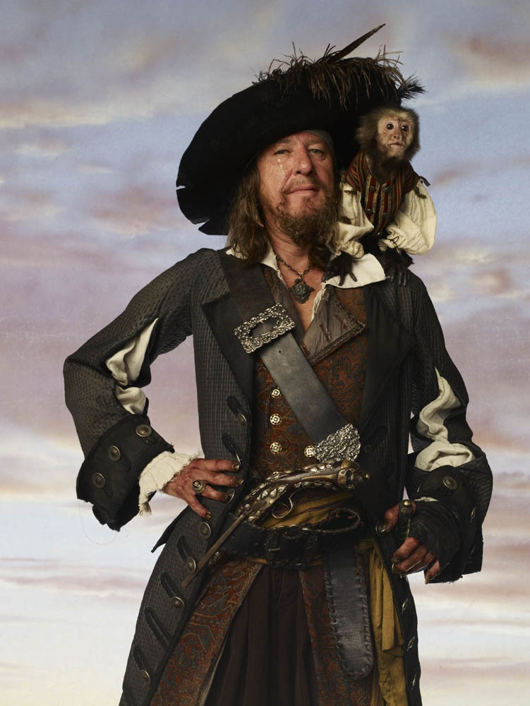 ad671b4e7 What type of hat does Hector Barbossa wear? - Quora
