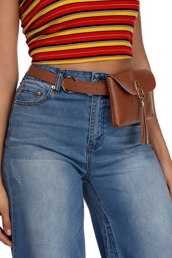 631ec47fe32 What is the proper term for a leather bag or pouch worn on a belt ...