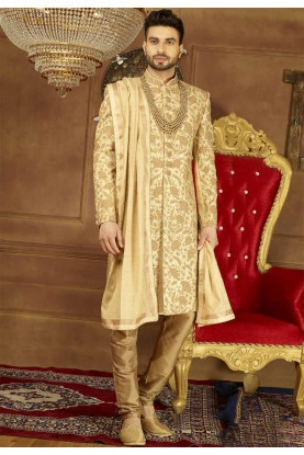 c07a0ea5e0 What is the traditional Indian dress for a groom to wear in a ...