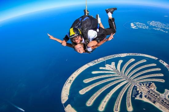 What is the price in rupees for sky diving in dubai? - Quora