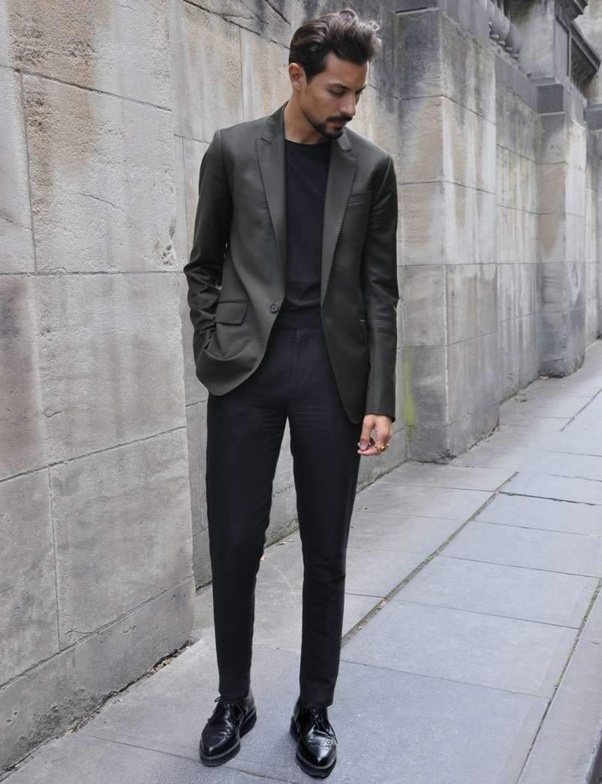 What pants should I wear with a gray blazer? - Quora