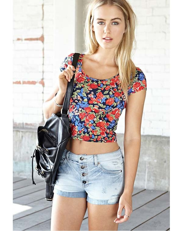 d93eabc3c17948 Why do teen girls wear crop tops? - Quora