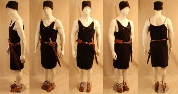 Bronze Age Clothing Women