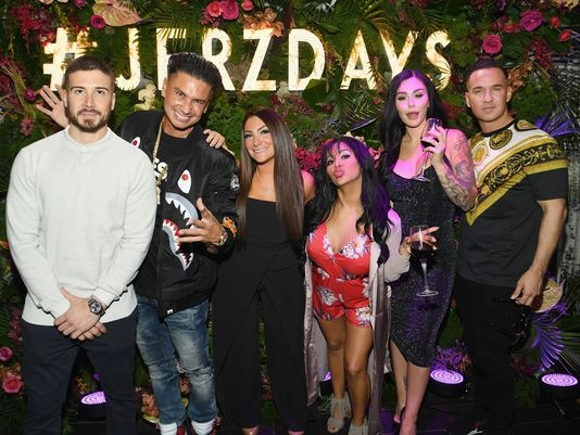 894465ecc4 The cast of Jersey Shore swore they would always do a vacation together. Five  years