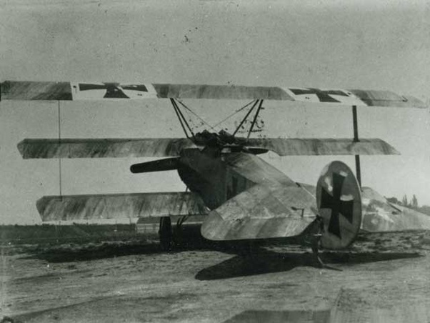 Could WWI triplanes really perform a flat spin to engage enemy aircraft in  a dogfight? - Quora