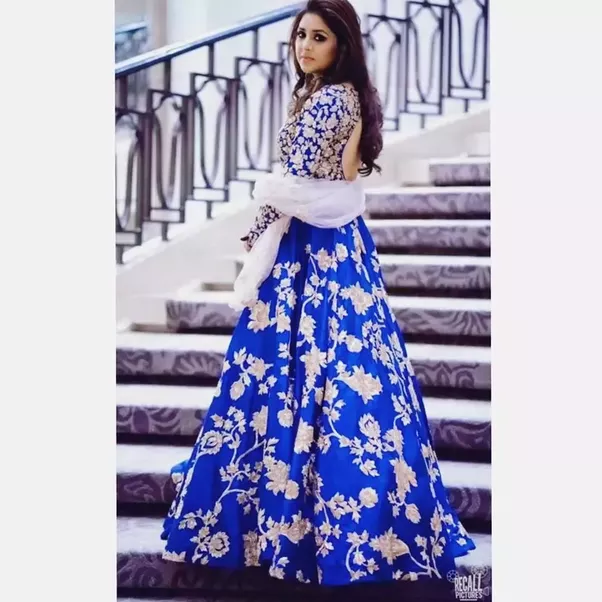 Where can I find a wedding gown in Delhi? - Quora