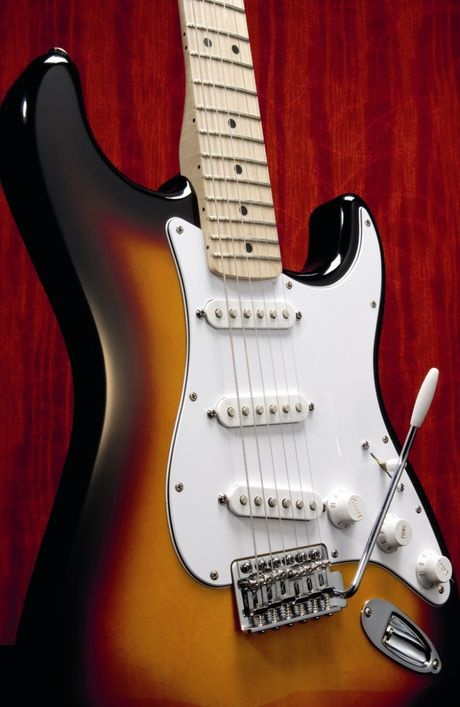 guitars which is more famous the stratocaster or the les paul quora. Black Bedroom Furniture Sets. Home Design Ideas