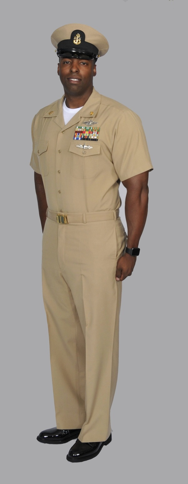Do The Marine Corps Have A Uniform Similar To The Navy S