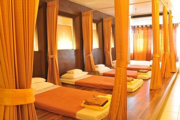 Where are good massage parlours in Kolkata? - Quora