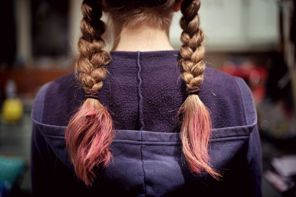 How to dye my hair naturally - Quora