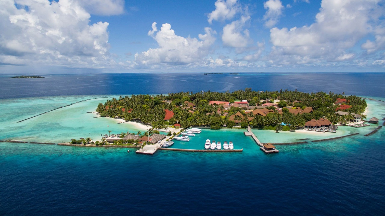 What Is The Best Resort In Maldives Islands With Reasonable Cost Per