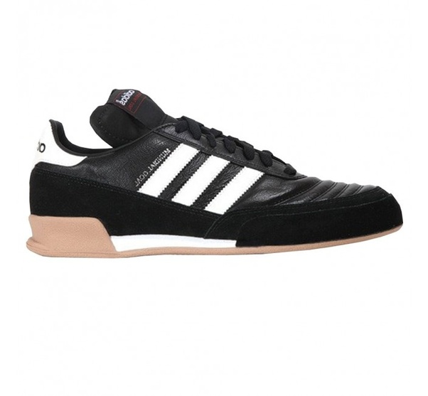 Can indoor soccer shoes be worn as a
