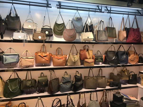 f33cf707a4 Who is a good handbag supplier  - Quora