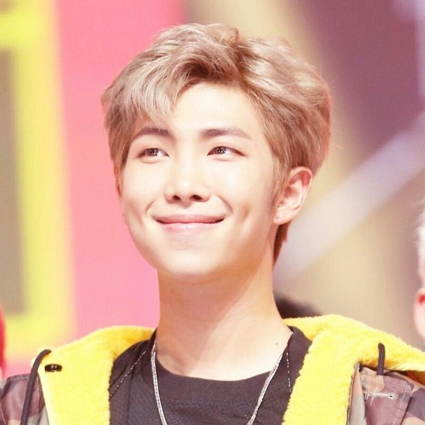 Do any BTS members have dimples? - Quora