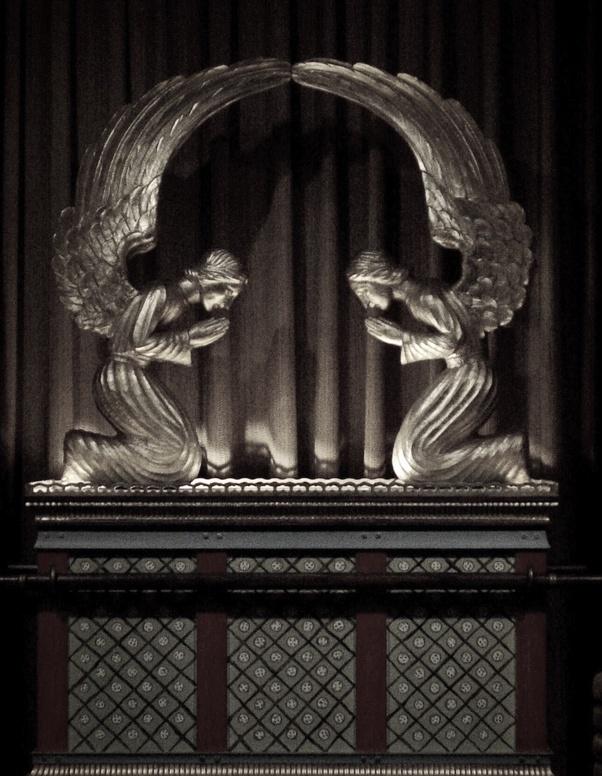What Are Some Characteristics Of Cherubim And Seraphim
