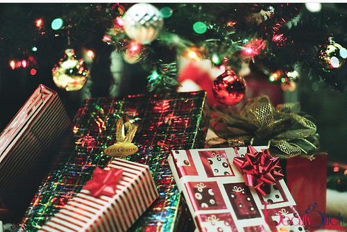 The reason for gift giving at christmas