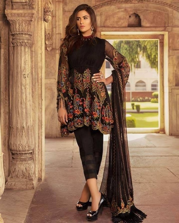 934f368c43 The Best place for girls ethnic dresses in Delhi Lajpat Nagar, But nowadays  Online Shopping is also the best place for shopping of ethnic dresses at  Low ...