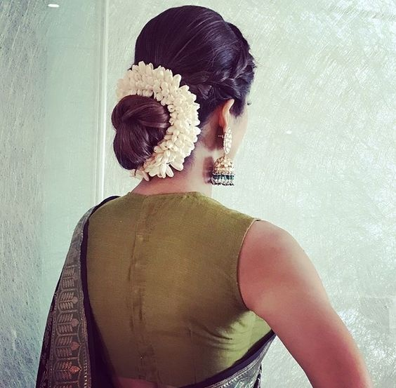 Wedding Hairstyle With Jasmine Flower: What Are Some Best Indian Hairstyles For Very Short Hair