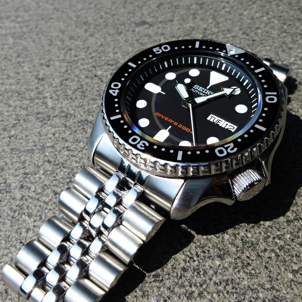 Which is better to get, a Seiko SKX009 watch, or an Orient Ray II