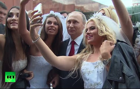 Brides Taking Selfies With Putin On Red Square