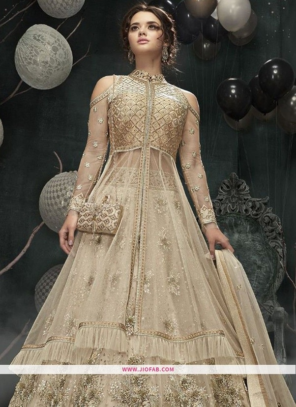 8c4c6d9bbb5 What will be trend for women fashion party dresses in 2019  - Quora