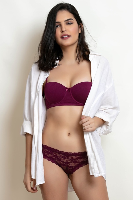 92e1381f807 I ordered for bra and panties set for myself and my sister. They were very  comfortable
