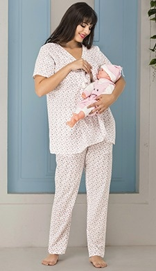 80cf0938229 What type of clothes should a woman wear during pregnancy  - Quora