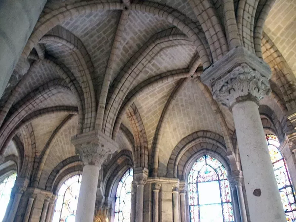 french gothic architecture characteristics
