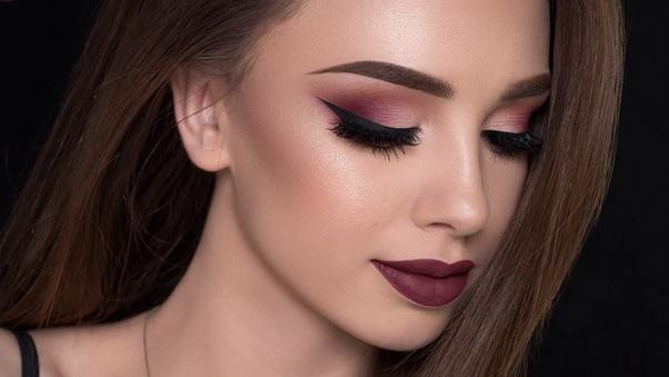 Do Men Prefer Women Without Makeup Is It Really True That Men Prefer Women To Wear -5915