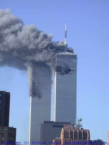 In 1945 A B 24 Bomber Hit The Empire State Building Why