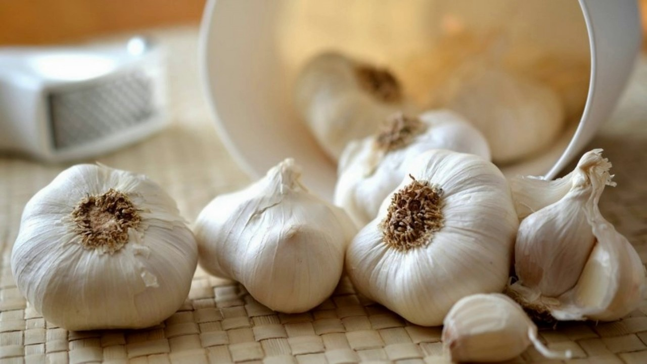 does garlic raise your blood pressure? - quora