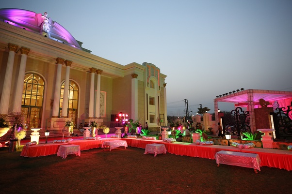 Which are the best venues banquet halls to host a wedding function attaching some of the pics for the event and venue junglespirit Choice Image