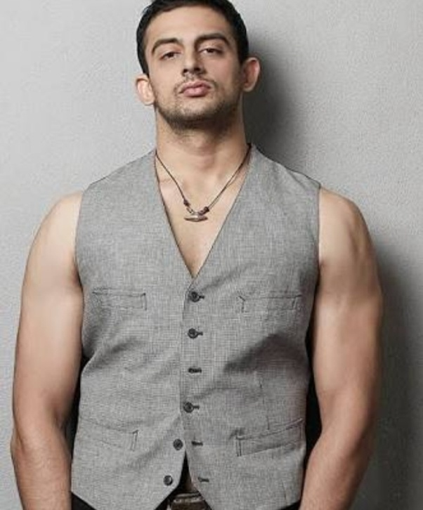Who is the tallest Bollywood actor? - Quora