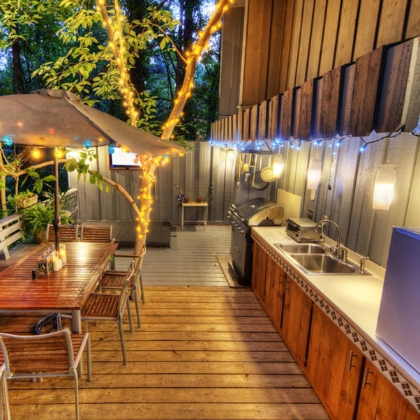 Deck Lighting Options: What Are Some Hacks For Outdoor Christmas/holiday Lights