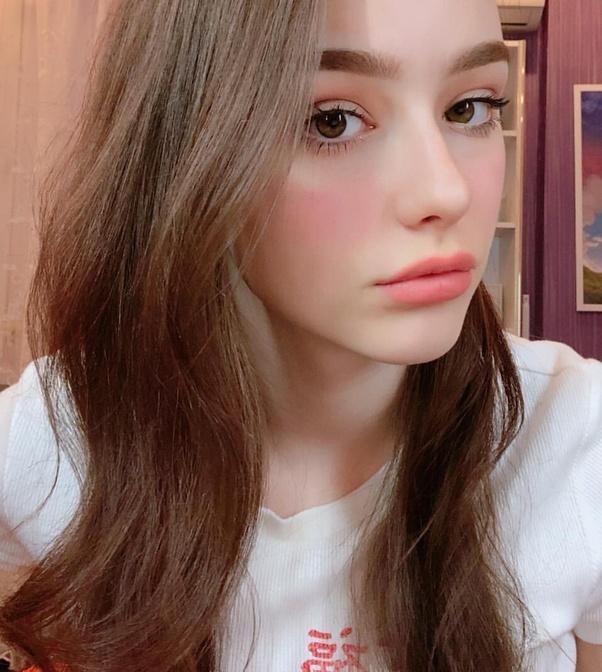 Sunny days meet a girl like you