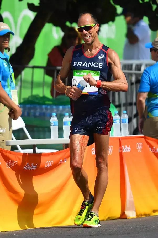Olympic runner pissing