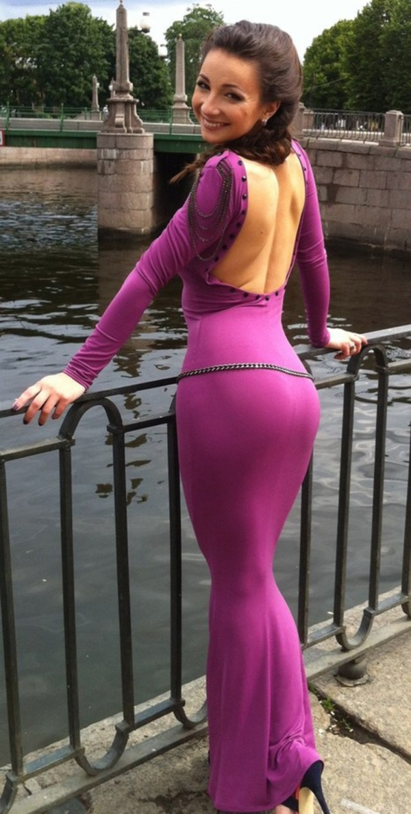 Hot girls in skanky out fits What Are Some Sexy Yet Not So Revealing Outfits For Women Quora
