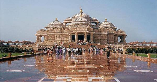 Which temples you should visit at least once in your lifetime quora hindu temple and dedicated to swaminarayan this temple is situated in gandhinagar gujarat the history of this temple is really interesting fandeluxe Images