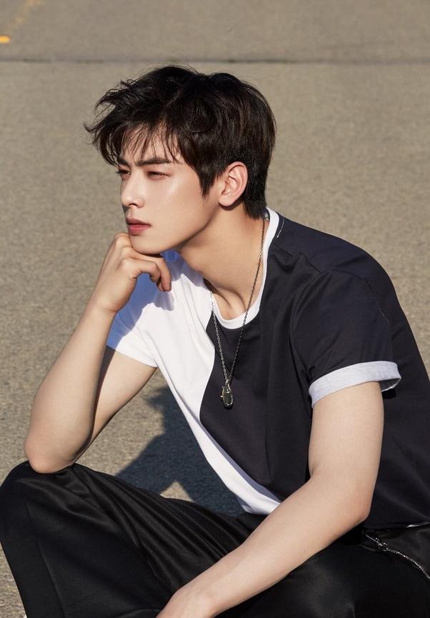 Who Looks Better Naturally Cha Eun Woo
