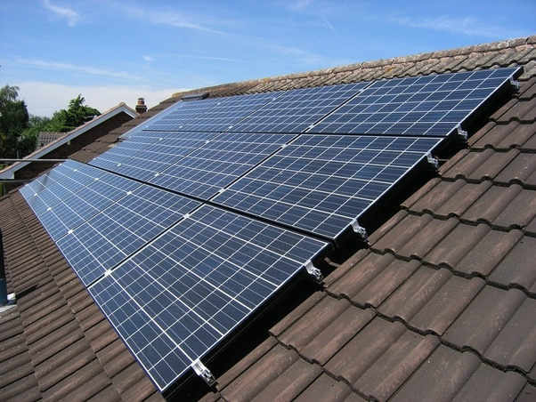 How many solar panels are needed for one house (250 square ...